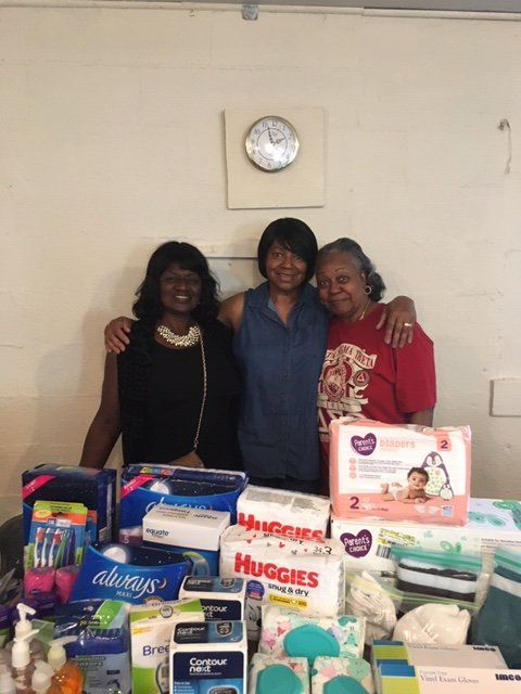 Just a few weeks ago the beautiful islands of the Bahamas were forever changed by #HurricaneDorian. Since then, our Bahamian chapters have received over 4,500 lbs of items to benefit their local community that were generously given by individuals & chapters.#ServiceInOurHeart <br>http://pic.twitter.com/mWslelAi08