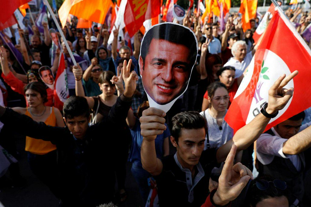 Turkish court orders rearrest of jailed Kurdish politician