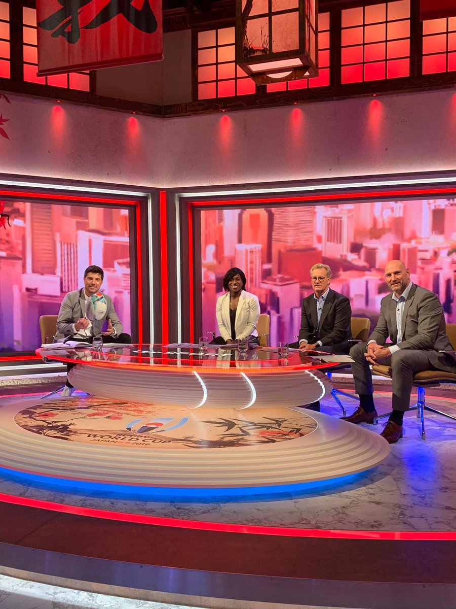 We are Live @ITV starting with #AUSvFIJ with @MaggieAlphonsi, @LynaghMichael & Craig Doyle 🙌 5:15am #AUSvFIJ 7:45am #FRAvARG 10:15am #NZLvRSA 📺 @ITV 📱bit.ly/2kU7OYv