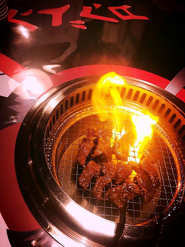 また3連休    今夜も      お肉も        お酒も          売るほど有り〼  #メタル焼肉 #warrendemartini