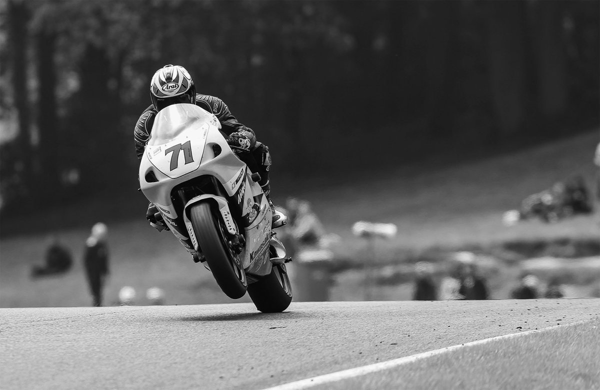 Some super #snapshots from the past as we prepare to take-off to @CadwellPark in a couple of weeks for another #playinthepark at @thundersportgb s #GoldenEraSuperbikes #bikeready #raceready