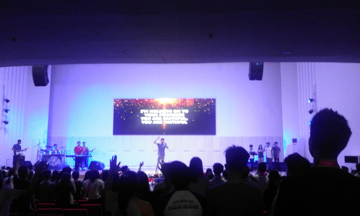 "JRM Zeal Youth Service 2019   ""Whom Shall I Fear"" By: Chris Tomlin  Sorry late upload #BlessedFriday #JRMZealYouthMinistry <br>http://pic.twitter.com/MW2lmL9eQG"