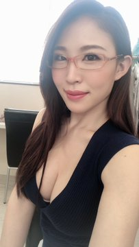 AV女優凛音とうかのTwitter自撮りエロ画像3
