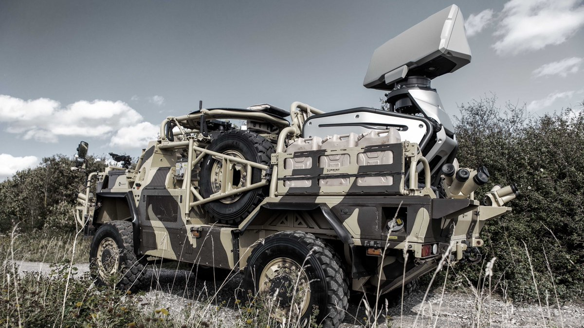 Our lightweight Giraffe 1X is a high performing 3D radar that can easily be integrated in military or civil platforms. Here it is installed on a British Supacat Jackal vehicle. This week we're displaying Giraffe 1X at #DSEI with a live demo. Read more👉https://bit.ly/2kb6UXq