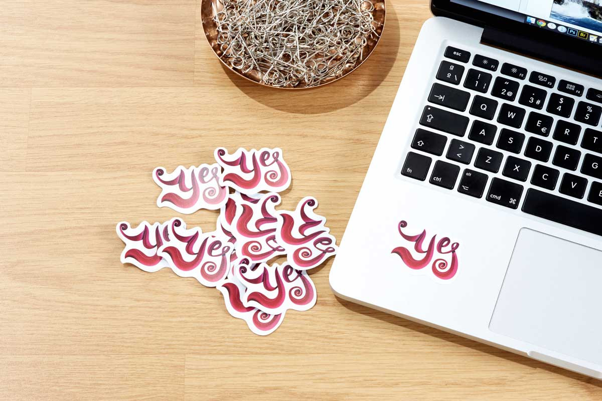 Discover our different types of stickers, choose the right one for your needs, customize, and start promoting your business!  ⭐⭐⭐FIND OUT MORE ON OUR BLOG -->  https://t.co/gyt5NcfI42 https://t.co/k8ehSQSOgm