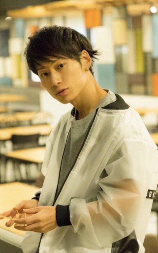 UVERworldのTAKUYA∞の髪型コレクション!染め方 ...