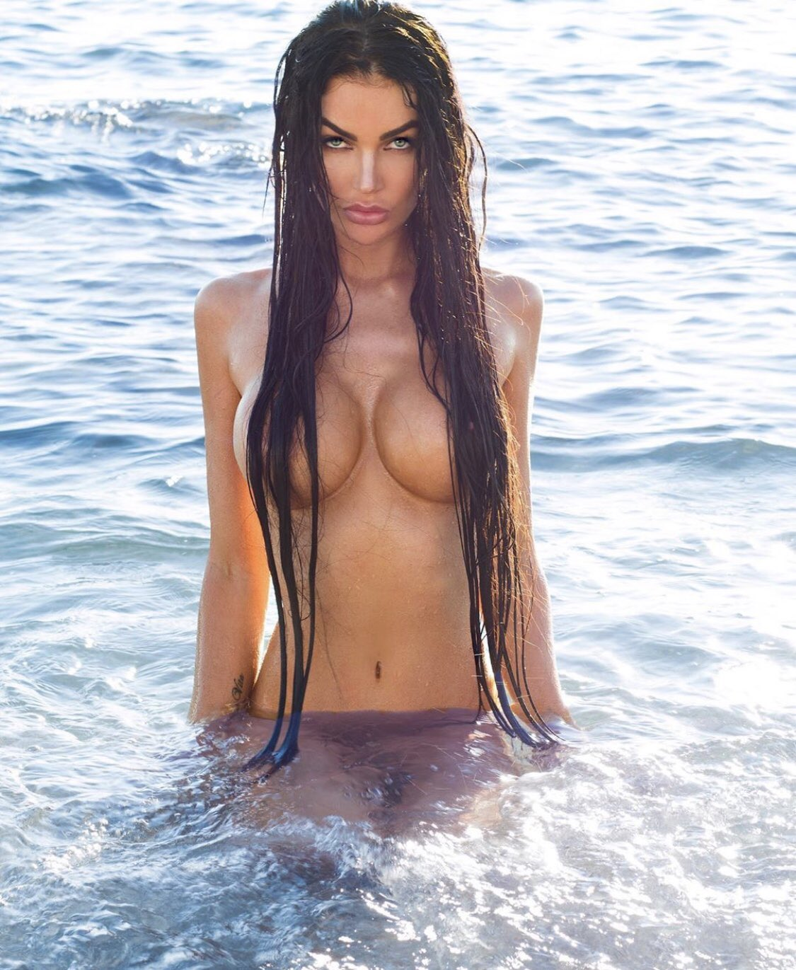 Naked croatian girls