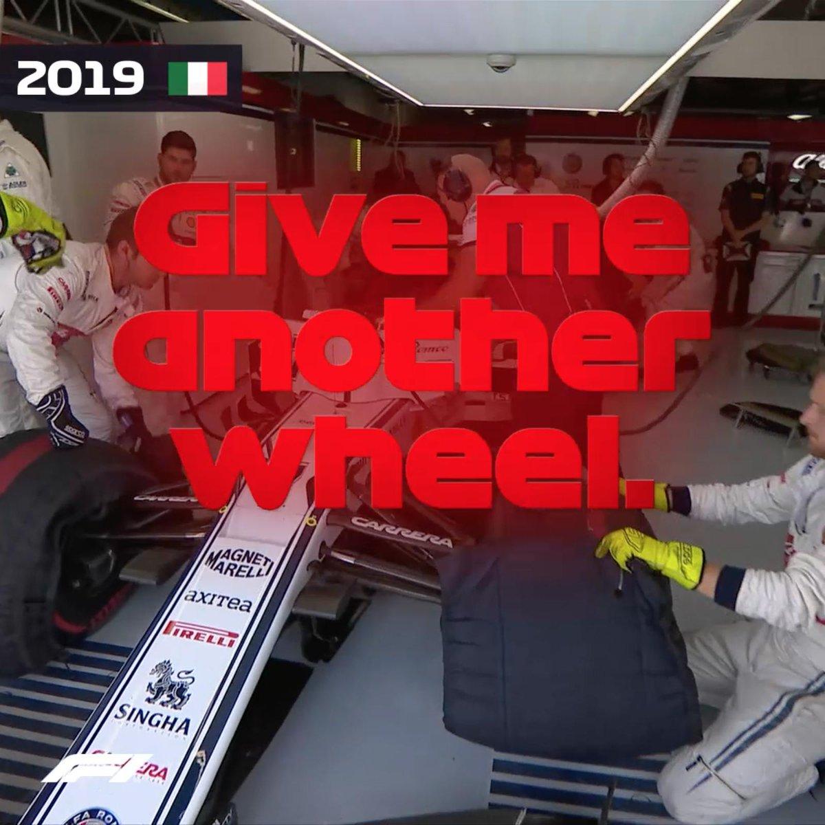 Oh no, Kimi!   Not again 🤣  #ItalianGP 🇮🇹 #F1