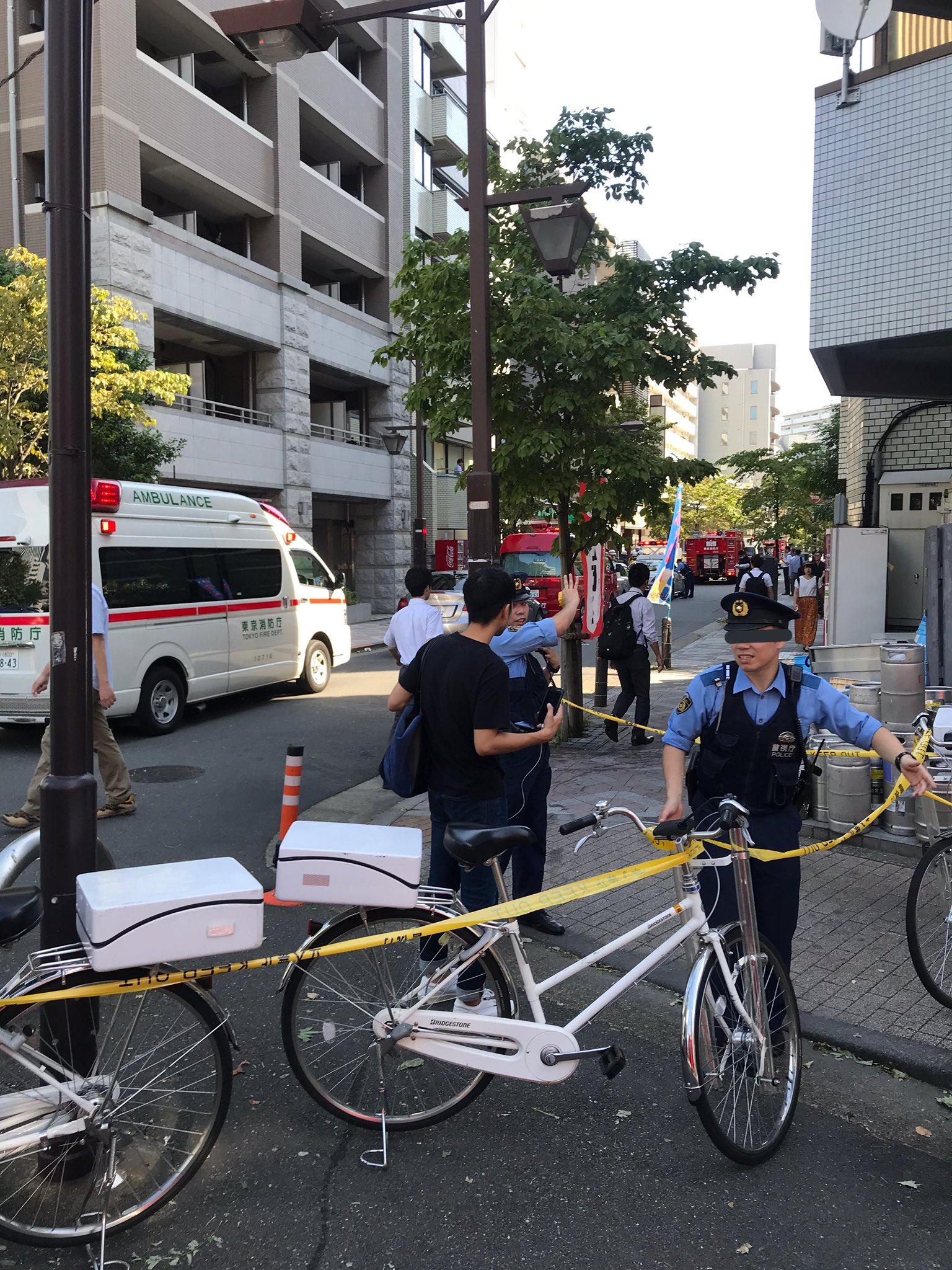 画像,芝浦二丁目の100円ローソンに消防と警察いっぱい来てた行きつけだったけどしばらく行けなくなりそう https://t.co/UpZQLt0o1o…