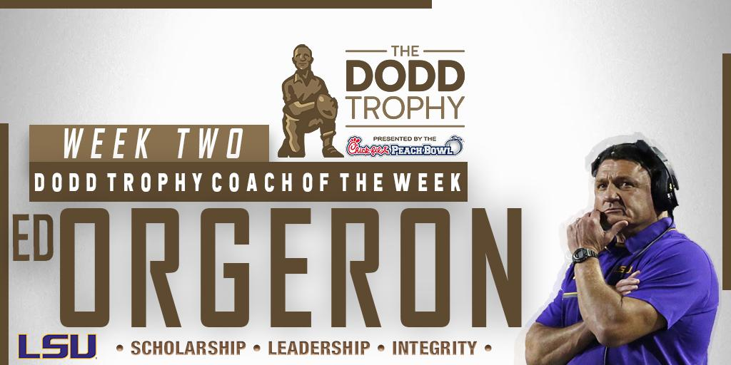 Congratulations to @LSUFootballs Head Coach @Coach_EdOrgeron on being selected Dodd Trophy Coach of the Week following their impressive win over Texas! #GeauxTigers 📰bit.ly/2kr57h8