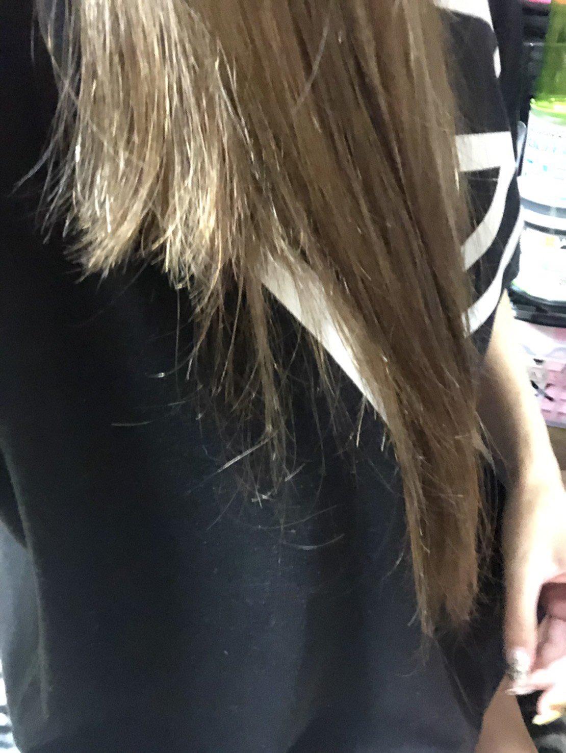 画像,えっ!待って待って!!!今聞いたんだけど…昨日、妹が電車で髪切られたって💦ふざけんな💢女の髪は命だぞ!!!これから警察に被害届出します。詳しくはわからないからま…