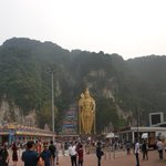 Image for the Tweet beginning: #lordmurugan #lordmuruganstatue #batucaves #hindu #hinduism