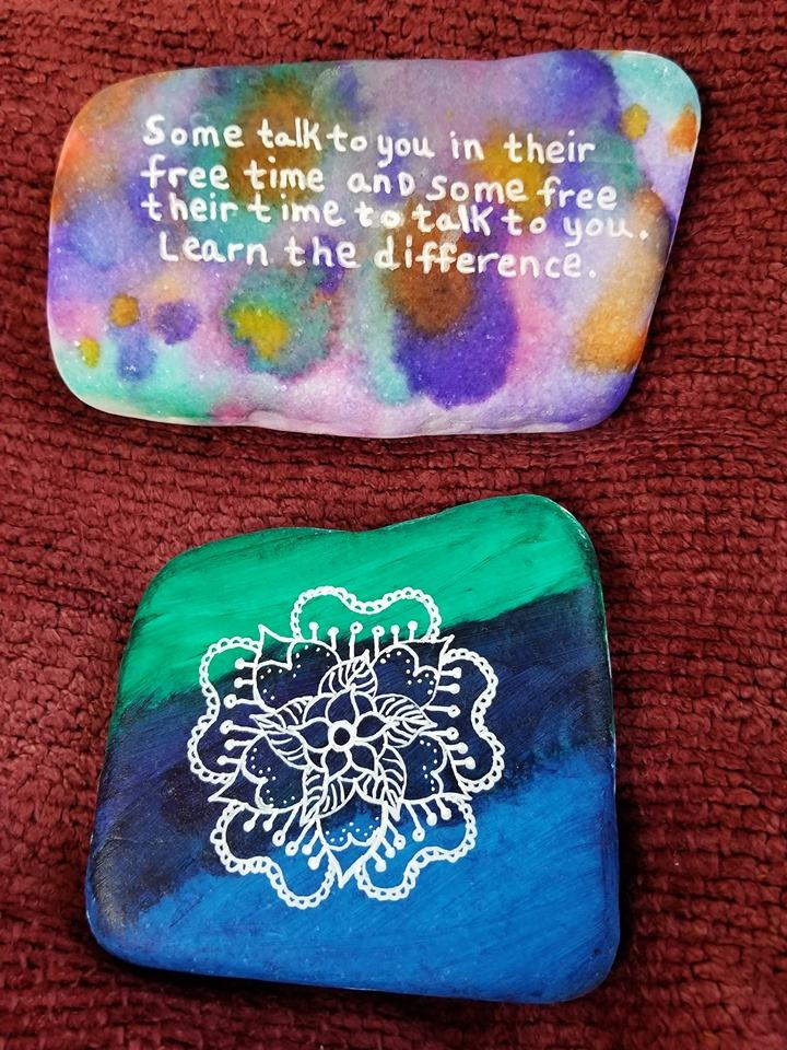 Suicide Prevention Rocks is a Facebook group where people come together to paint rocks with uplifting messages. Over 15k members use the art as a form of therapy  #WorldSuicidePreventionDay  👉 Facebook Group: http://fb.me/spr 👉 Facebook resources: http://fb.me/wspd