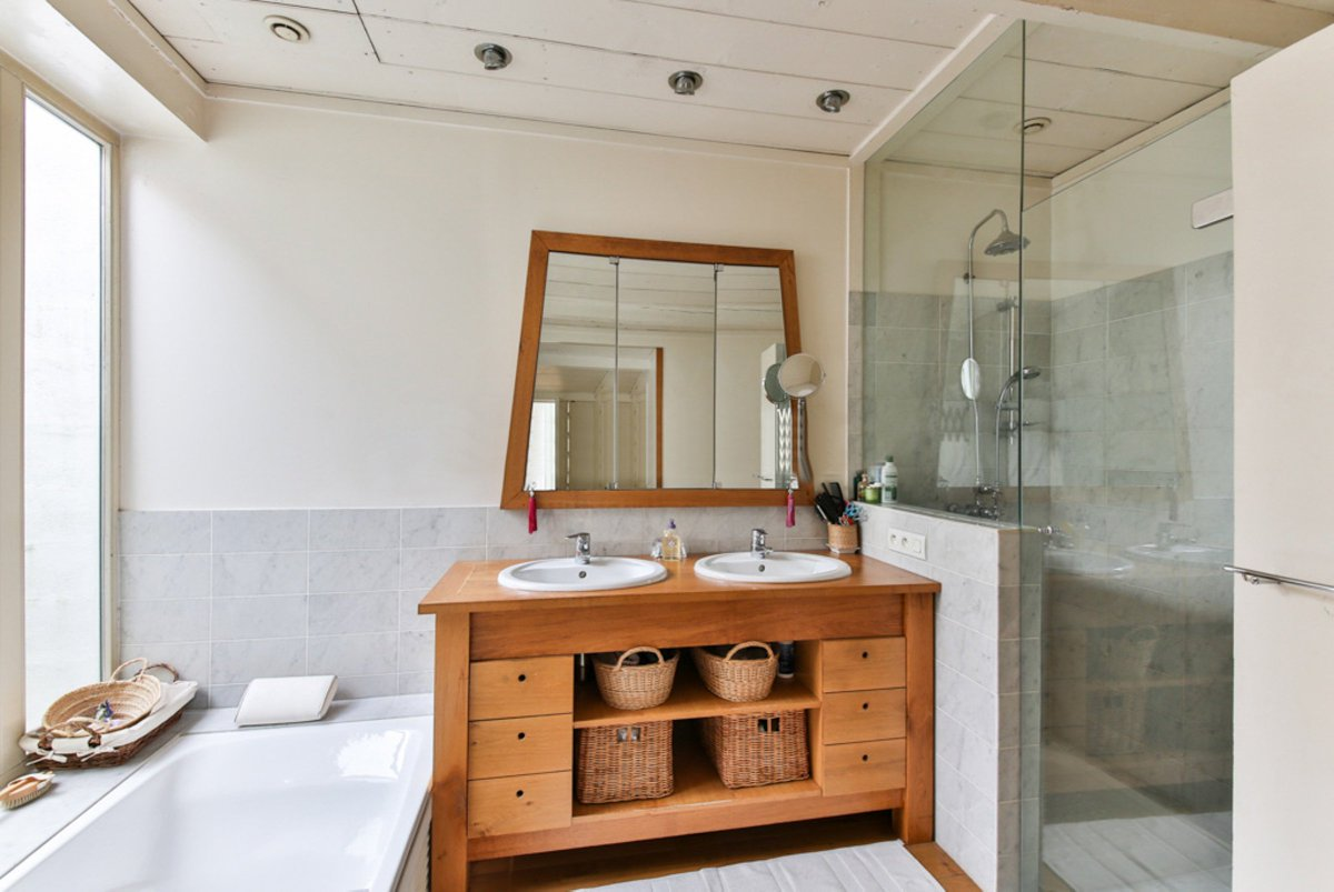 If you've been looking to upgrade your bathroom, our company specializes in bathroom remodeling so that you can have the luxurious bathroom you've always dreamed of.#BathroomRemodeling #GeneralContractor #HomeAddition  http:// bit.ly/344AwYL    <br>http://pic.twitter.com/GzWEbDuPLA