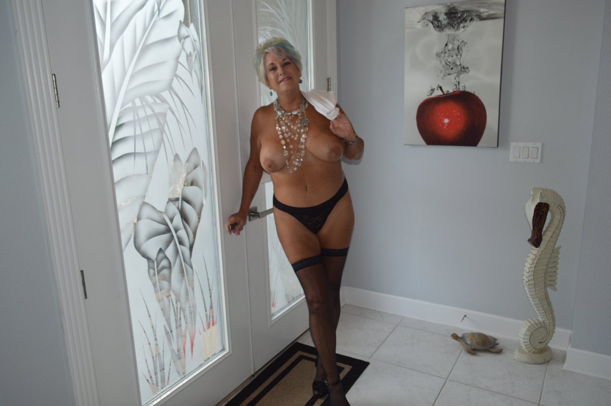 Looking sexy dating lady looking real sex lapine
