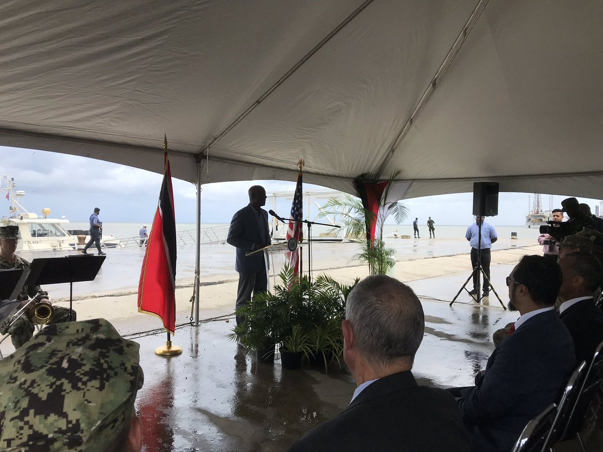 Prime Minister Dr. Keith Rowley speaking at #USNSComfort closing ceremony. <br>http://pic.twitter.com/EFv7nN2K8E