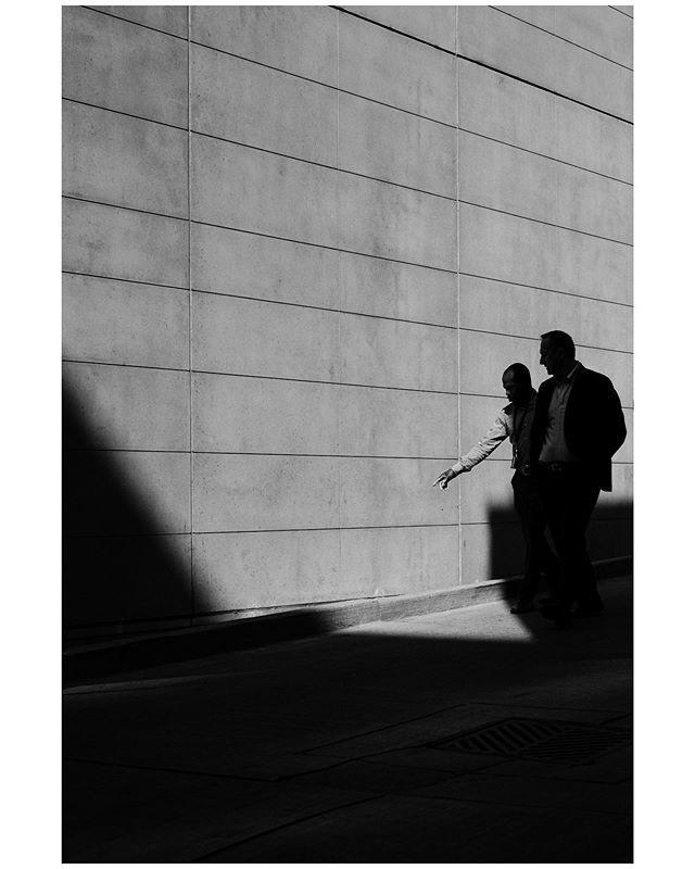 surrounded by concrete • • • • • #bnw_photo #bnw_capture #blacknwhitephotography #instabnw #bw_lovers #noirphotography #bnwphotos #igblackandwhite #bnwmoods #bwlover #ilovebnw #blackandwhitepic #bandwphoto #bnwlove #lovebnw #bnw_shotz #photograph… https://ift.tt/2HZdyZmpic.twitter.com/HwhHkpnTDZ