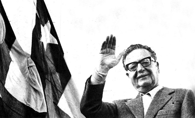 On the anniversary of his death, we honour Salvador #Allende, the Chilean President. The legitimate President. He was a fighter for the rights of the poor. He was a principled man. He is an inspiration to us.<br>http://pic.twitter.com/5SIAtrnEEH