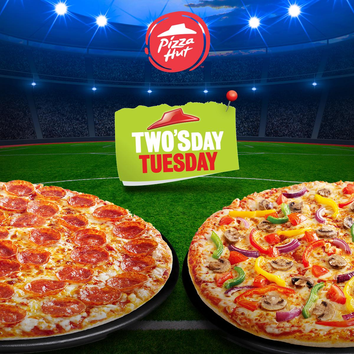 We've got the mid-game meal sorted with 2-FOR-1 #Twosday 🙌🏼 Order a medium or large pizza and receive a second one free using the code 'TWOSD'! #coybig https://t.co/sdgD6jsuQw