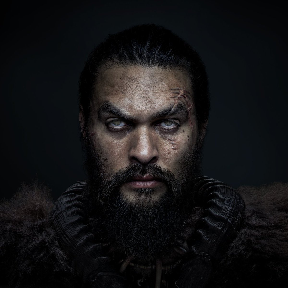 Jason Momoa stars in a world without sight in first trailer for Apple TV+'s 'See'(via @SeeOfficial)