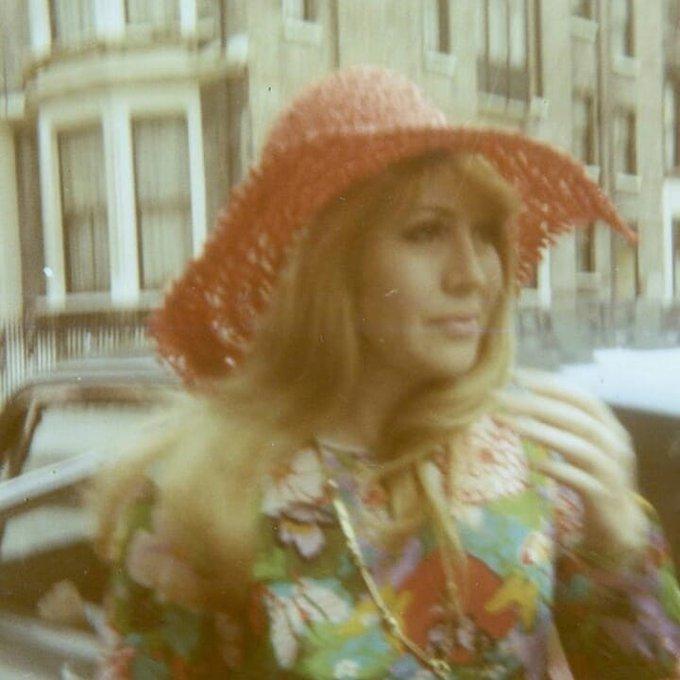 Vou te amar pra sempre. Você é incrível. Happy Birthday Cynthia Lennon.
