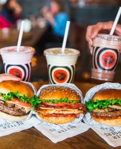 Nothing is better than finishing off your burger and fries with a milkshake 😋 . . .  #SouthStBurger #BetterBurgers https://t.co/ouDlSNFZ4X