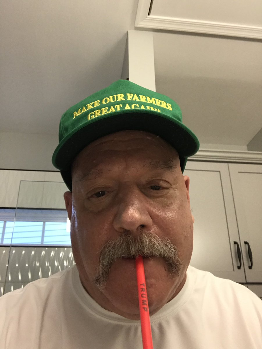 @TeamTrump Selfie time with your biggest fan Bruce #TrumpStraws