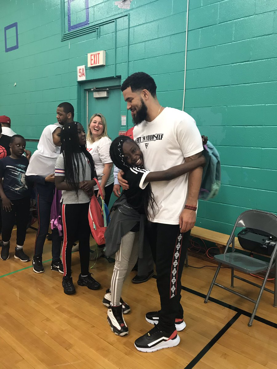 Guess who surprised @ChalkfarmPSTDSB today? Thank you @FredVanVleet for making everyone's day! 🏀 #WeTheNorth