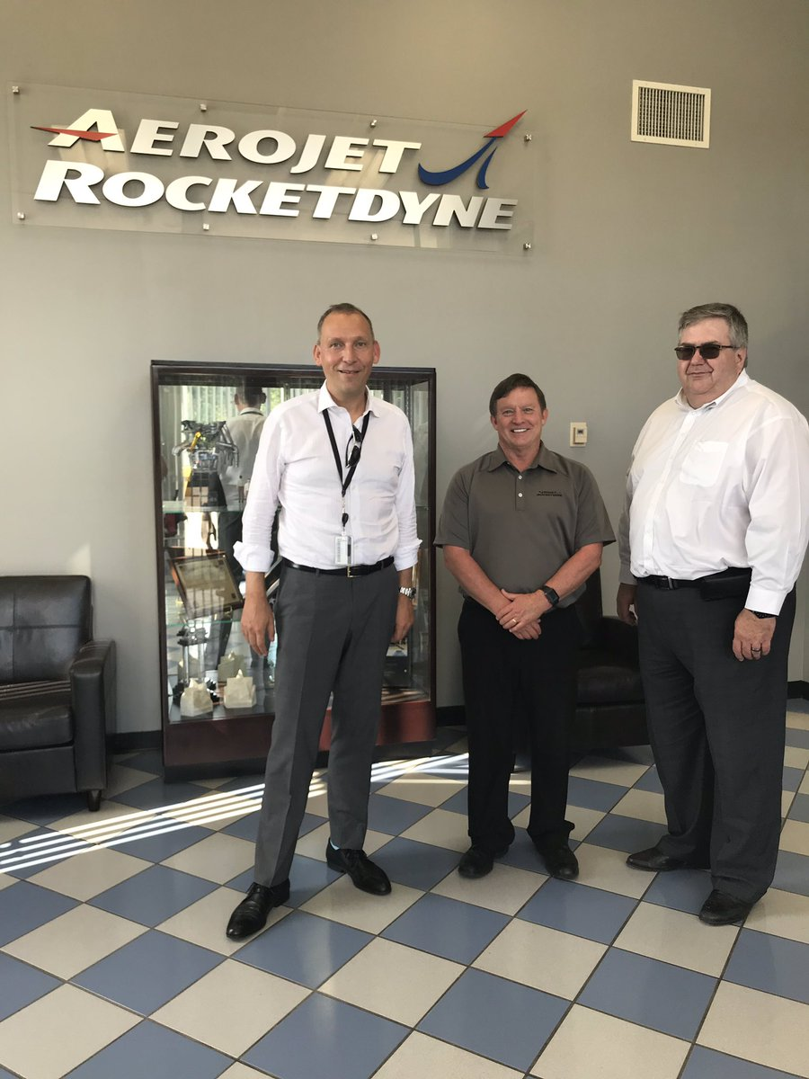 @Dr_ThomasZ meets with Mike McDaniel, General Manager of Aerojet Rocketdyne at Stennis Space Center, and Randy Galloway, Stennis Space Center Deputy Director, for a site tour. Aerojet Rocketdyne is the prime contractor for the RS-25 engine that will help power @NASA_SLS