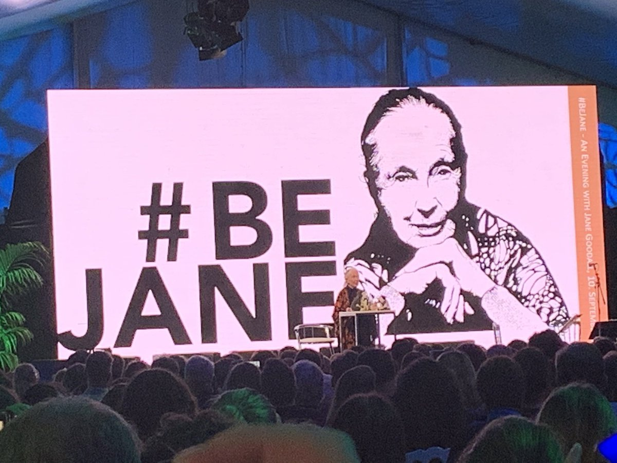 (3/3)What a privilege to listen to & meet Jane Goodall; a woman who has dedicated her whole life to protecting nature & our planet-she speaks excellent Swahili   And the same day to have watched #SeaofShadows @UN_Vienna by @RichardLadkani on combatting wildlife crime #Vaquitas<br>http://pic.twitter.com/iHmGEo81Ms