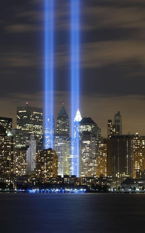 Lest we forget! #911Memorial #WorldTradeCenter <br>http://pic.twitter.com/UOWd3nGJw8