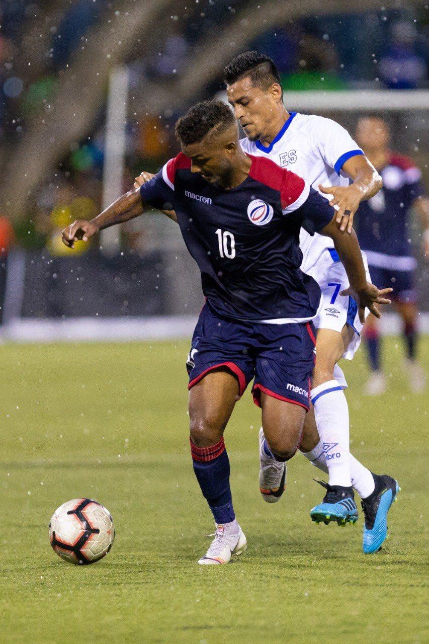 Liga de Naciones CONCACAF 2019: El Salvador 0 La Republica Dominicana 1. EEJWUQ6XYAAbFZM?format=jpg&name=large