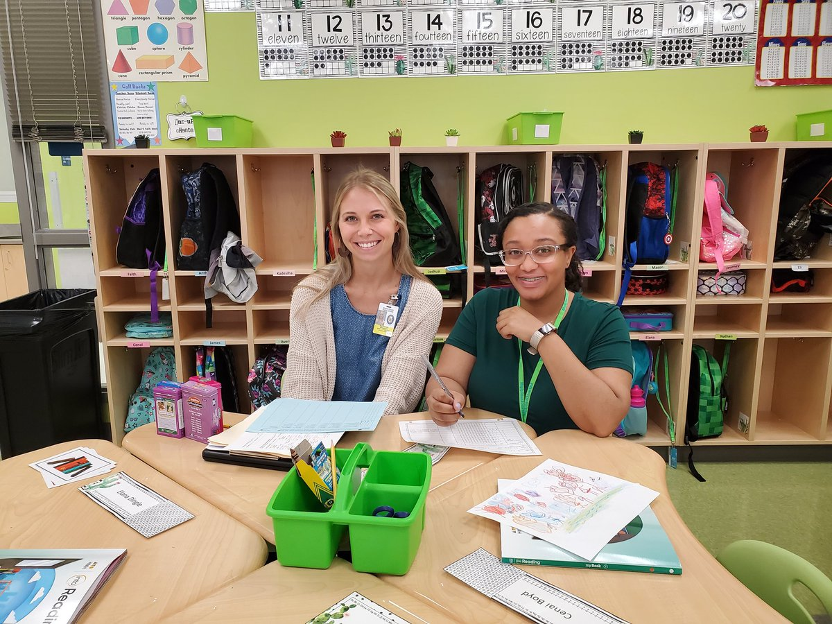 Speech and Language Pathologists, Ms. Atkinson and Ms. Lucas, looked on as Ms. White taught a phonics lesson in 1st grade. #BelieveInBillingsley #btsccps19 <br>http://pic.twitter.com/mzmcwR50FQ