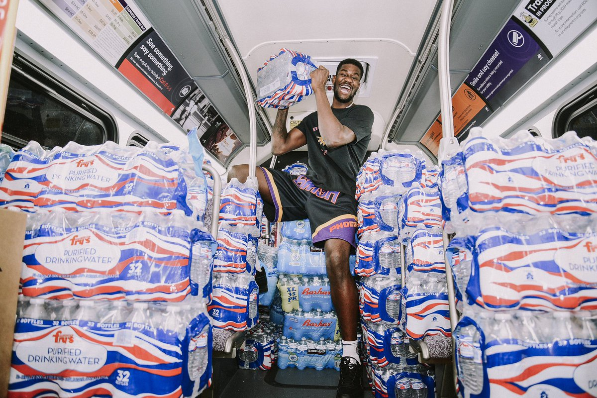 All the love to everyone who supported @DeandreAyton tonight and made donations for those affected by Hurricane Dorian!