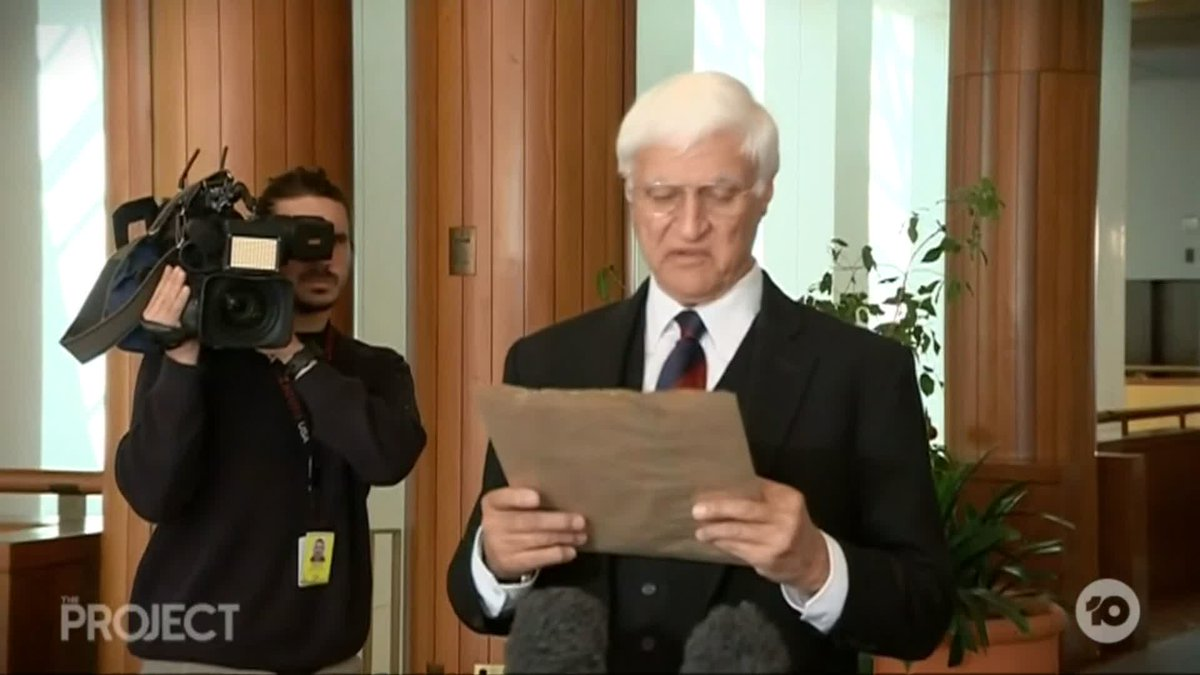 WHY is Bob Katter writing his speeches on brown paper bags?! #TheProjectTV