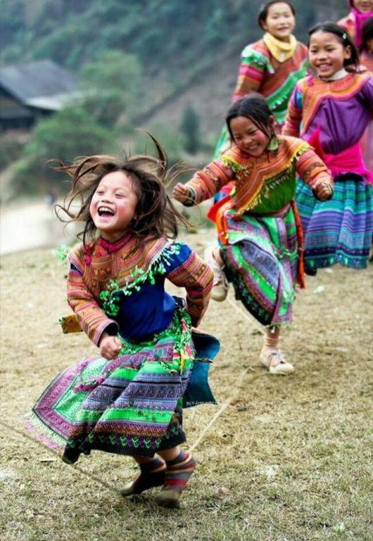 RT @672Cilia: Il sorriso è musica. Danza per gli occhi e il cuore.  #SmileParty16 #11settembre https://t.co/OItLxt5LVZ