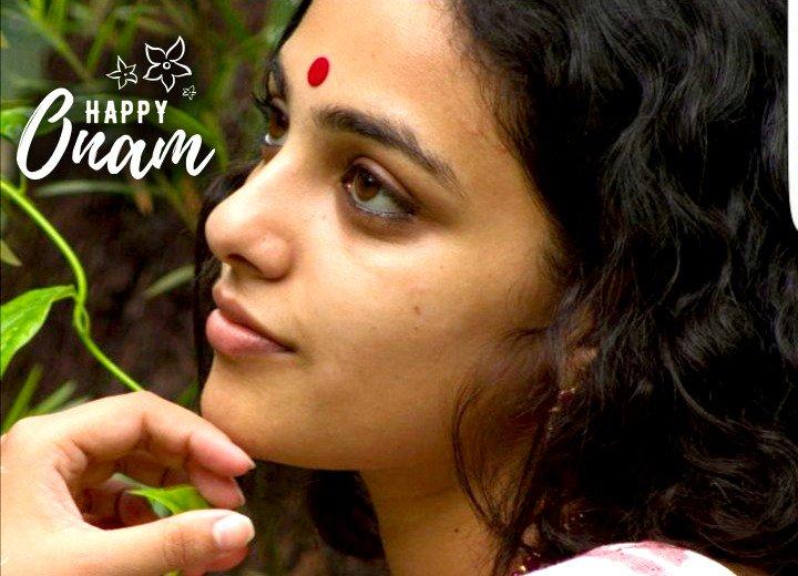 RT @MenenNithya: Happy Onam to everyone.. !! 🌾🌺 :) https://t.co/svAjEtyCjv