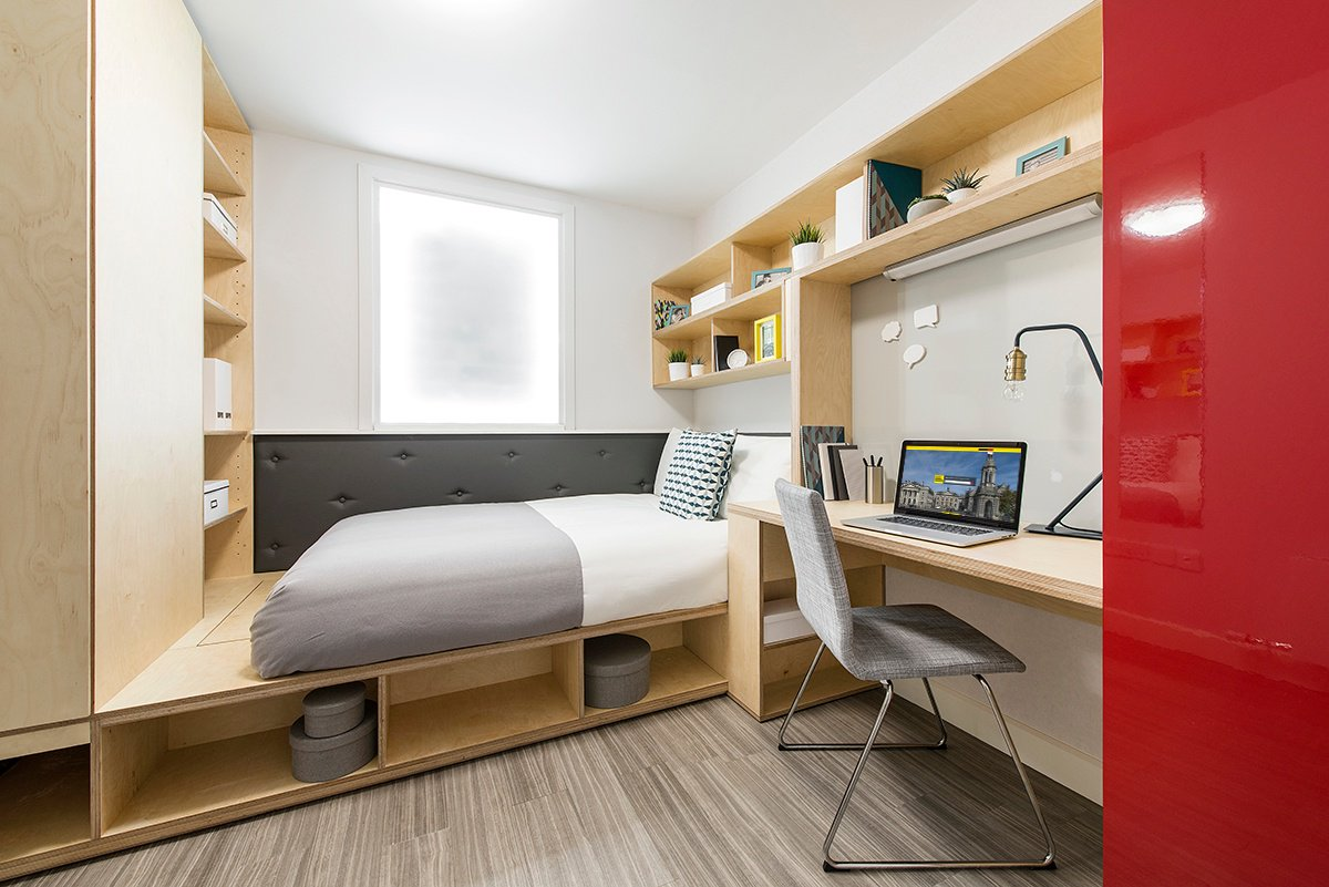 Do you struggle to make your #bed with the early starts and countless hours of studying or partying?✍💃 Today is #makeyourbedday so there are no excuses! 🛌 Check out our neatly made beds and share yours in the comments section below 👇👇 https://t.co/hPyK6oOmD0
