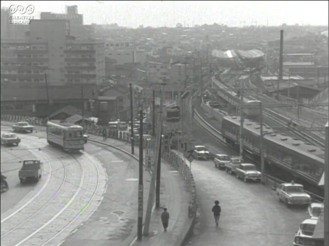NHKの映像資料にあった、1965年に東京で撮影された映像。撮影場所が現在のどこなのかの特定に挑みました。三軒茶屋の現ビックエコーのビルがそのままなのには興奮!NHKクリエイティブライブラリーにある昭和の映像の令和版をつくる  #DPZ