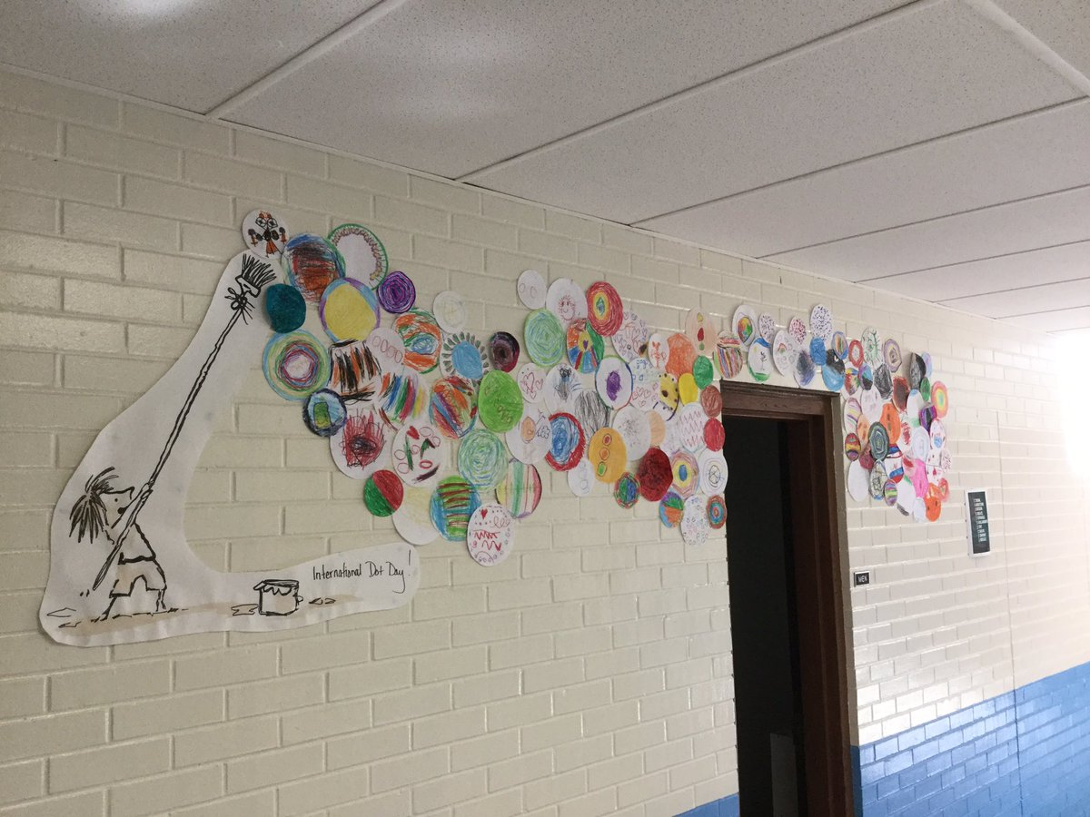 Getting ready for #DotDay with a river of 1st grade dots! We will see where this takes us. #RosewoodPYP<br>http://pic.twitter.com/YgRMPGhlWJ