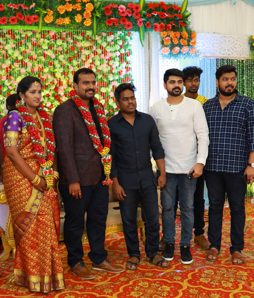 Happy Married Life, Mani Chandru (Director of #Alice) :) We wish you both a life filled with cheerfulness and bliss. May you enjoy all the happiness that life throws at you.  - @YSRfilms @U1Records | @thisisysr @irfanmalik83 https://t.co/786h416I22