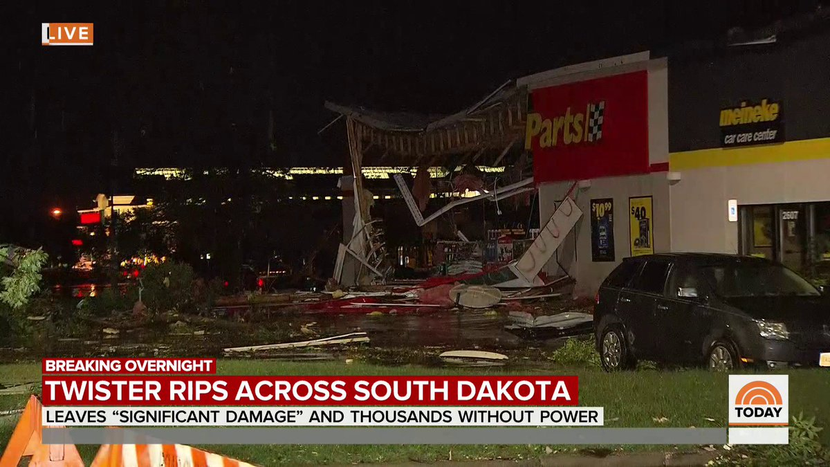 Breaking overnight: A tornado tore through parts of South Dakota, where multiple buildings collapsed as a result.  No travel is advised in the city of Sioux Falls, and thousands are without power, @mollymhunter reports.