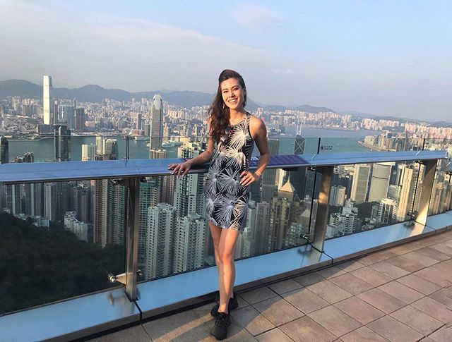 Oh hey Mom's motherland #hongkong #myfirsttime #victoriapeak  https://ift.tt/2N9Y2OOpic.twitter.com/ezwQby6B6L