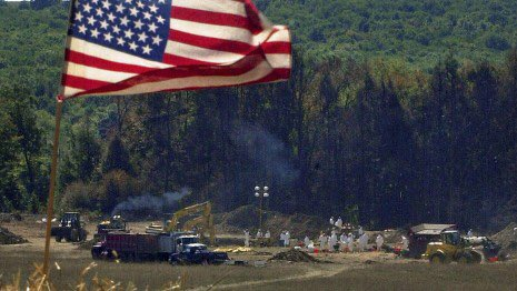 "THREAD FOR FLIGHT 93 We owe the heroes of United flight 93.  We owe these forty men and women. We owe them personally. ""They're talking about crashing this plane into the ground. We have to do something,"" Thomas Burnett Jr. told his wife, Deena, on his cell phone."