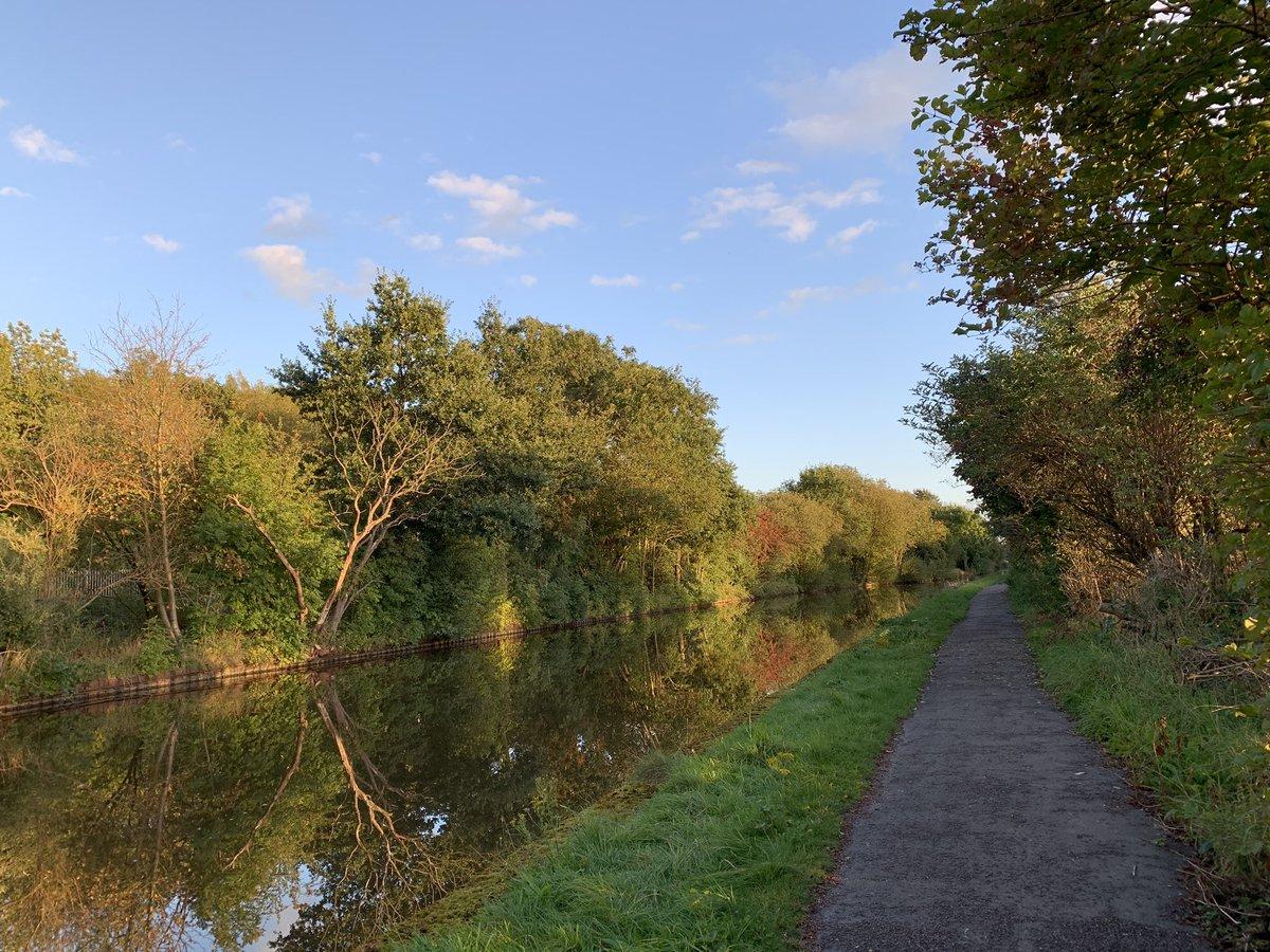 Stoke-on-Trent, what a dump.... #SOT #canal #Trentham #beautifulStaffordshire https://t.co/AWUTfDmK9k