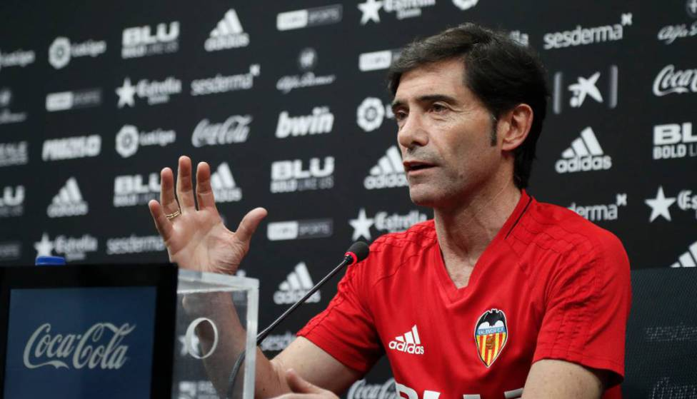 Official: Valencia have sacked Copa del Rey-winning manager Marcelino, with former Julen Lopetegui disciple Albert Celades expected to take charge at Mestalla:  https:// en.as.com/en/2019/09/11/ football/1568203095_067403.html  … <br>http://pic.twitter.com/in6KbgqT6d