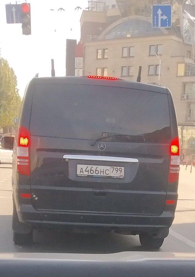 В Киеве произошла потасовка между полицией и местными жителями из-за сноса беседок на берегу озера Карачун - Цензор.НЕТ 2645