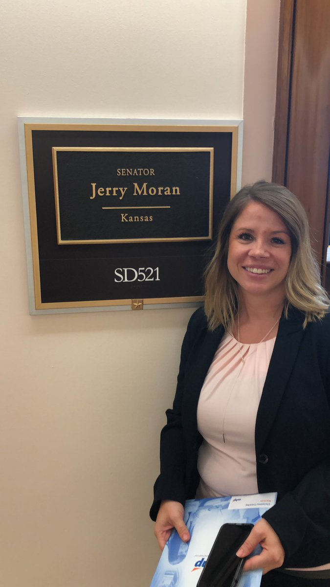 Christina and I are about to meet with @JerryMoran @ASHPOfficial #4ourpatients <br>http://pic.twitter.com/cAZvobV0Fh