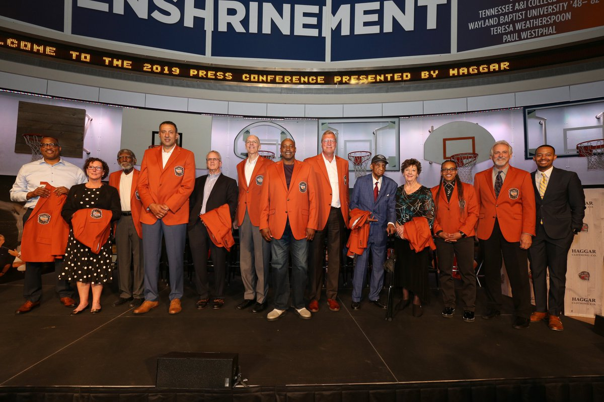 It's all Legends at the 2019 @Hoophall Enshrinement Weekend #LegendsofBasketball #19HoopClass  👀: https://www.legendsofbasketball.com/hall-of-fame-2019-enshrinement/… (via @SeanDeveney)