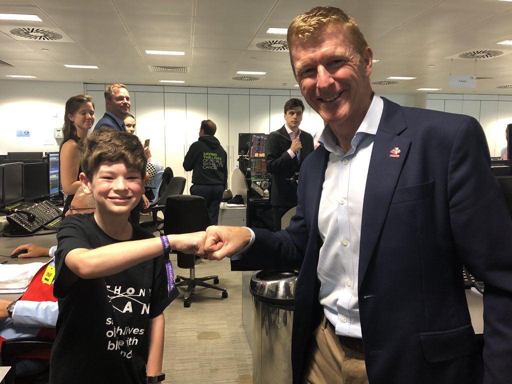 We are so proud of Rupert (Year 7) who spent yesterday raising funds for @AnthonyNolan at the @BGCCharityDay and he got to meet his hero @astro_timpeake . Again!